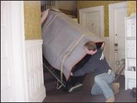 پیانو را هنگام جابجایی حتمآ با پتو محافظت کنید.