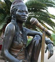 برندا فاسی (2004-1964)