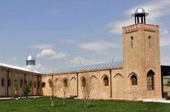 نمايي از باغچه شيرعلي مردان در زندان قصر