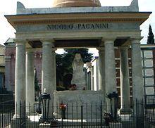 مقبره پاگانینی در پارمای ایتالیا